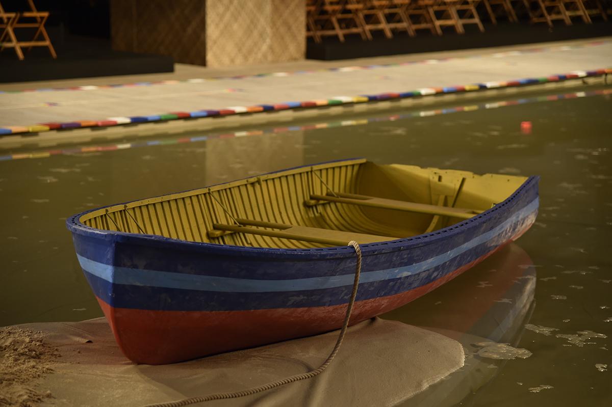 el bote fue RECUPERADO y re-pintado con los colores de la temporada
