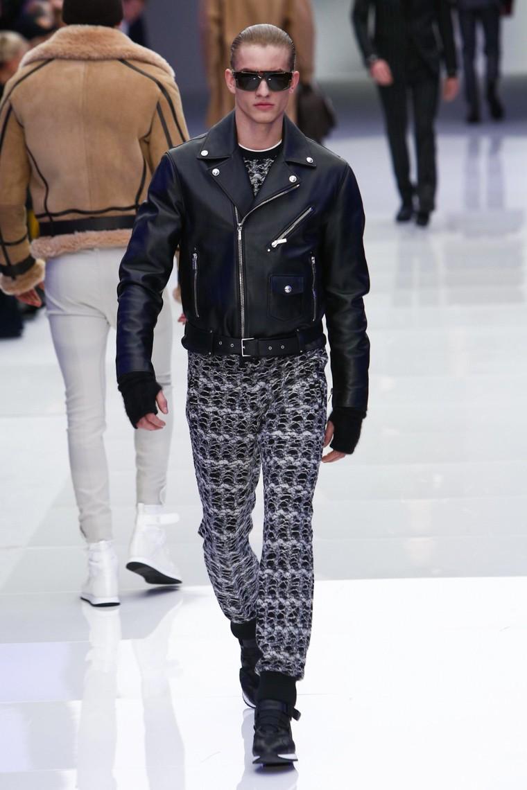 Versace6.jpg