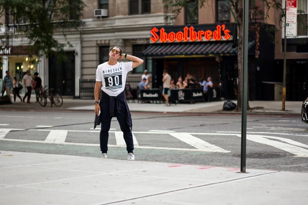 Trackpants CODE, Camiseta CODE, Bomber Jacket ZARA, Zapatillas ADIDAS ORIGINAL
