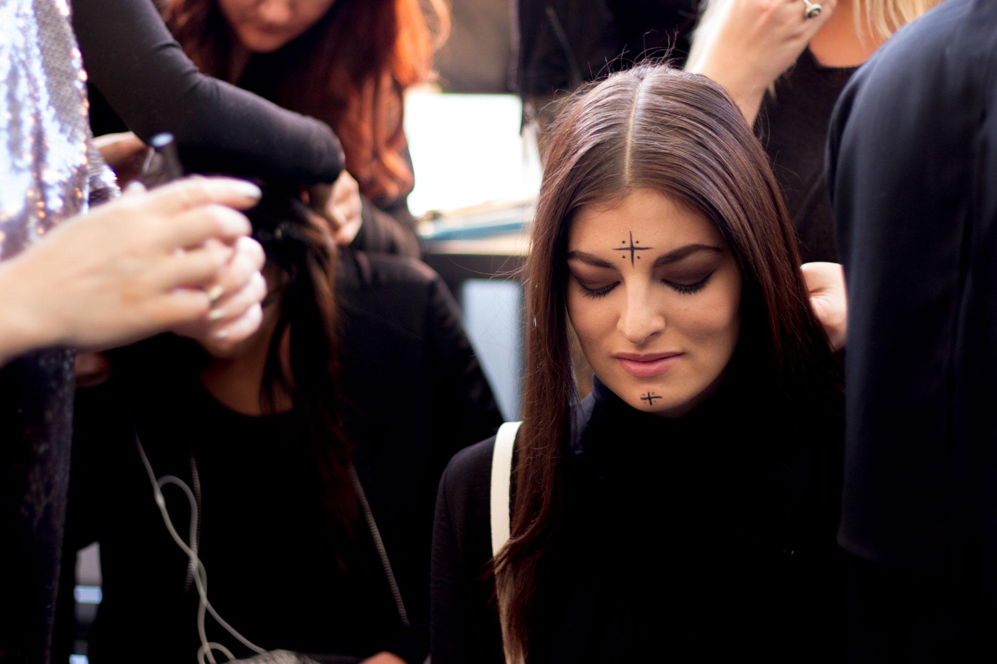 backstage john paul ataker fashion week new  york nyfw honduras moda pasarela jose vargas modelos poses nueva york blog fashion blogger moda street speech