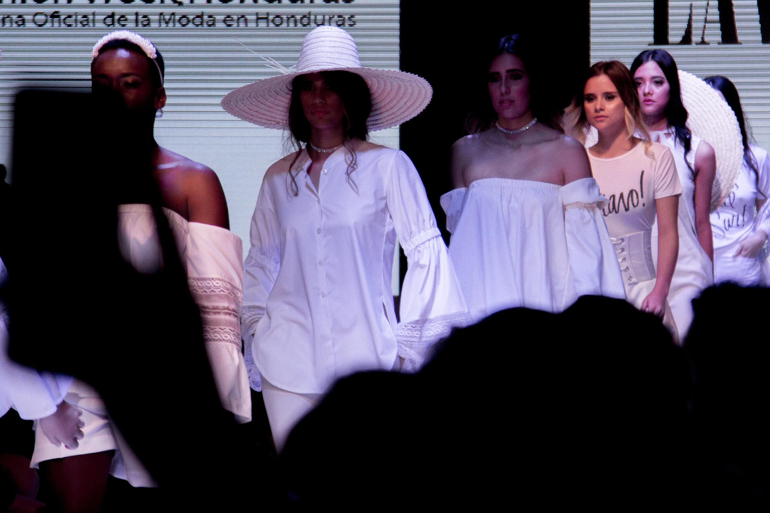 10 años de moda fashion week honduras jose vargas moda pasarela modelos tegucigalpa fashion blog blogger