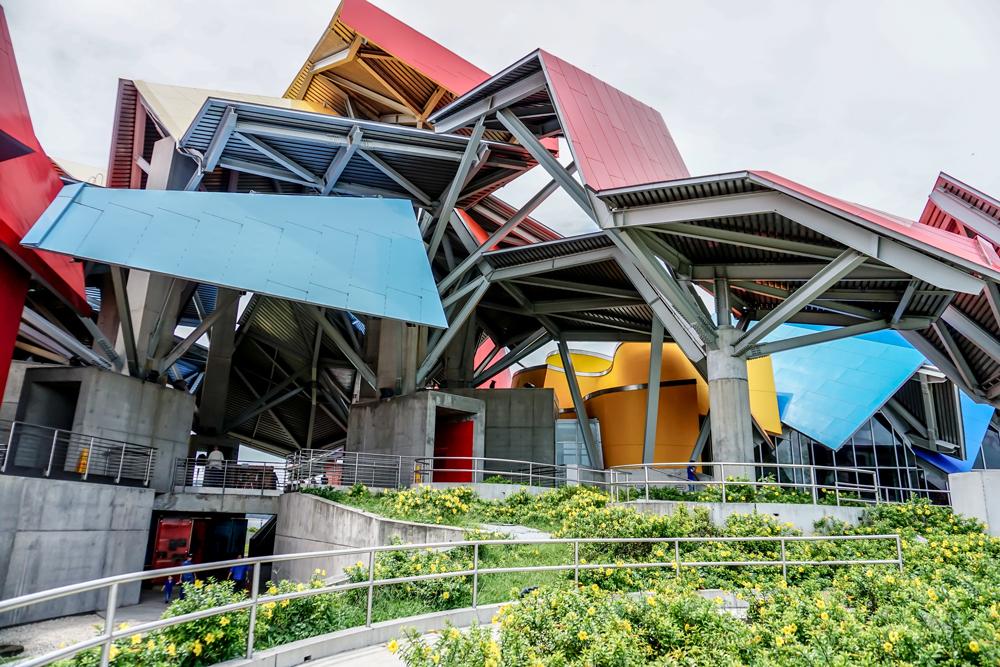 BIOMUSEO DE PANAMA - Sede de la pasarela de Tony Vergara