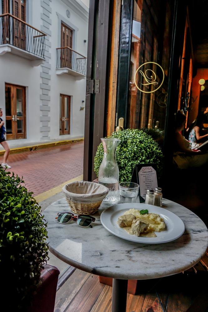 Lessep's Bistro - Café