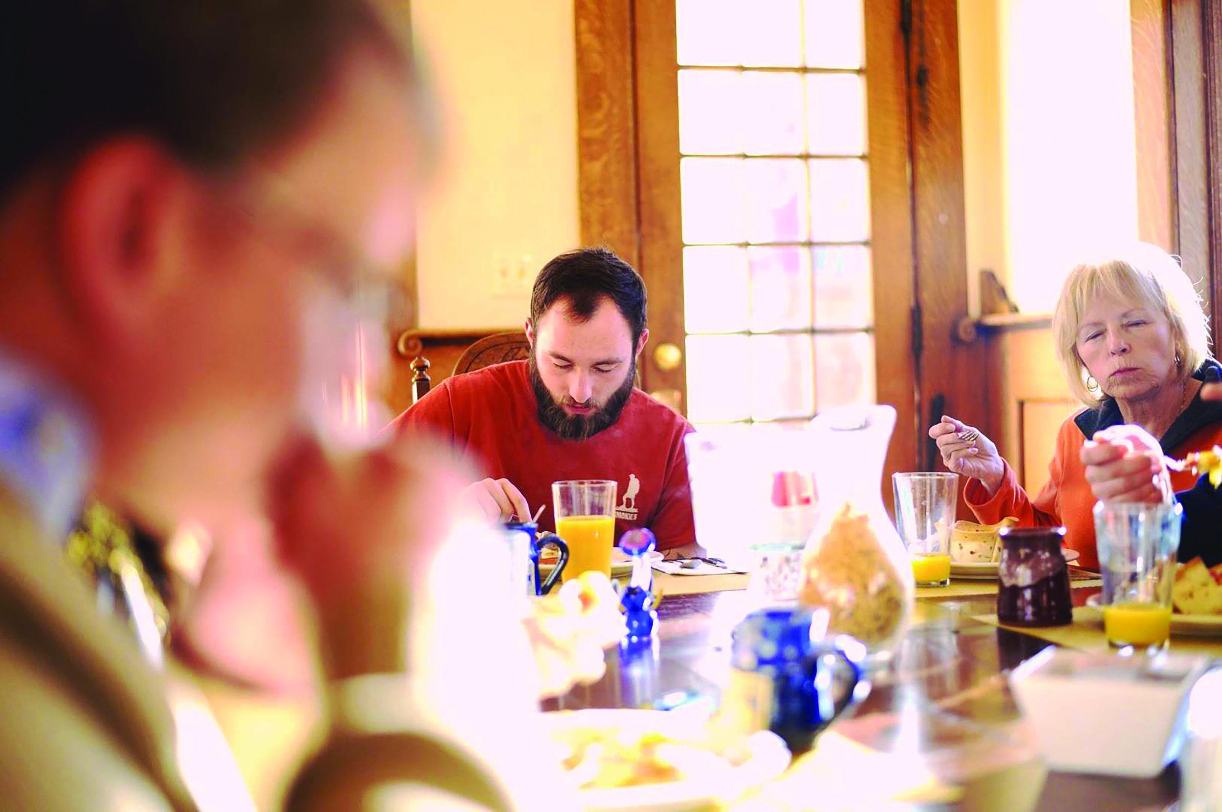 Jeffers_Bud+Breakfast_Brunch