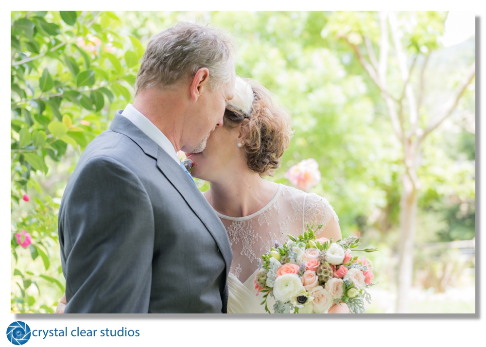 wedding-sonoma-kenwood-firstlook-crystalclearstudios.jpg