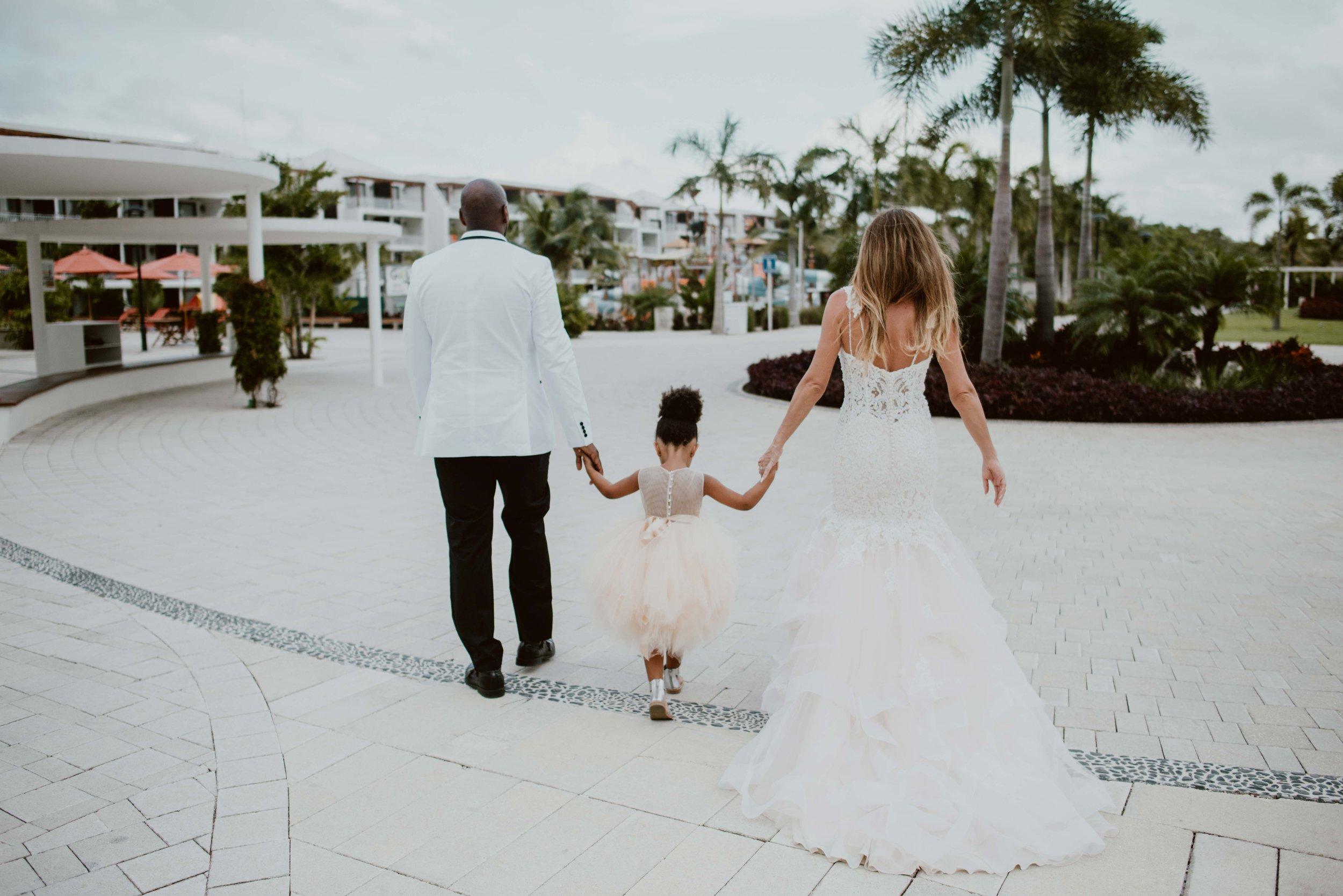 Alex+Cameron Wedding-289.jpg