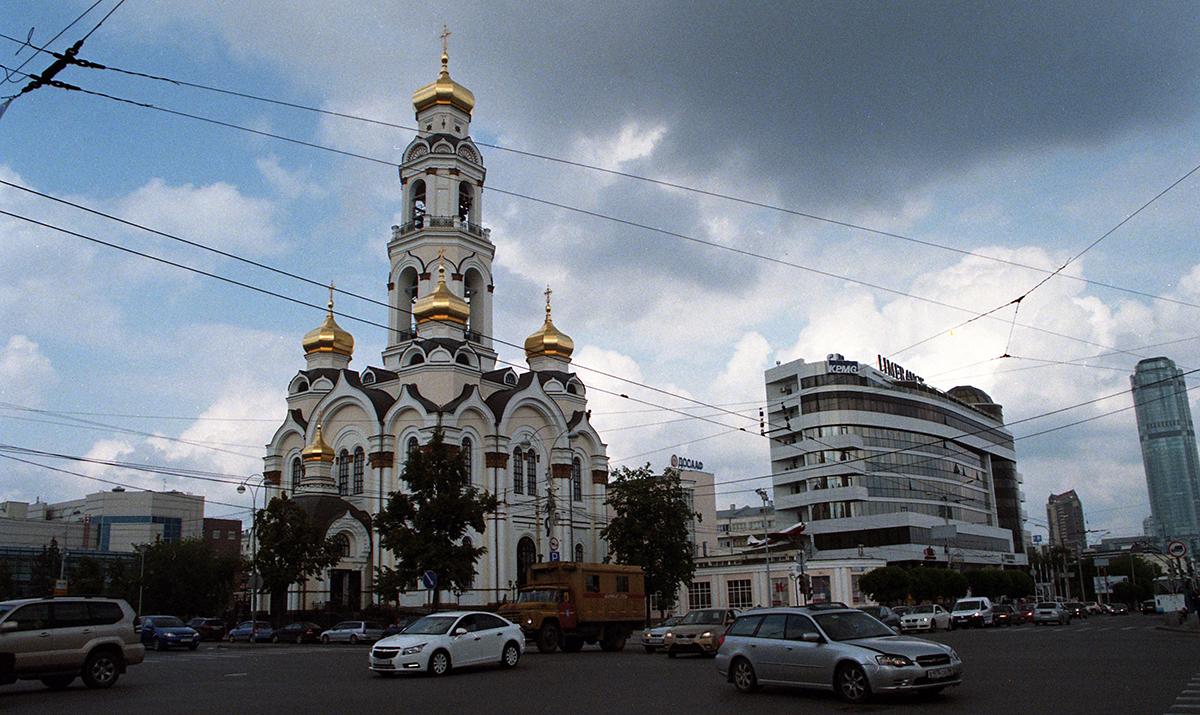 021_Polina_SHUBKINA_RUSSIA_SUMMER_2013.jpg
