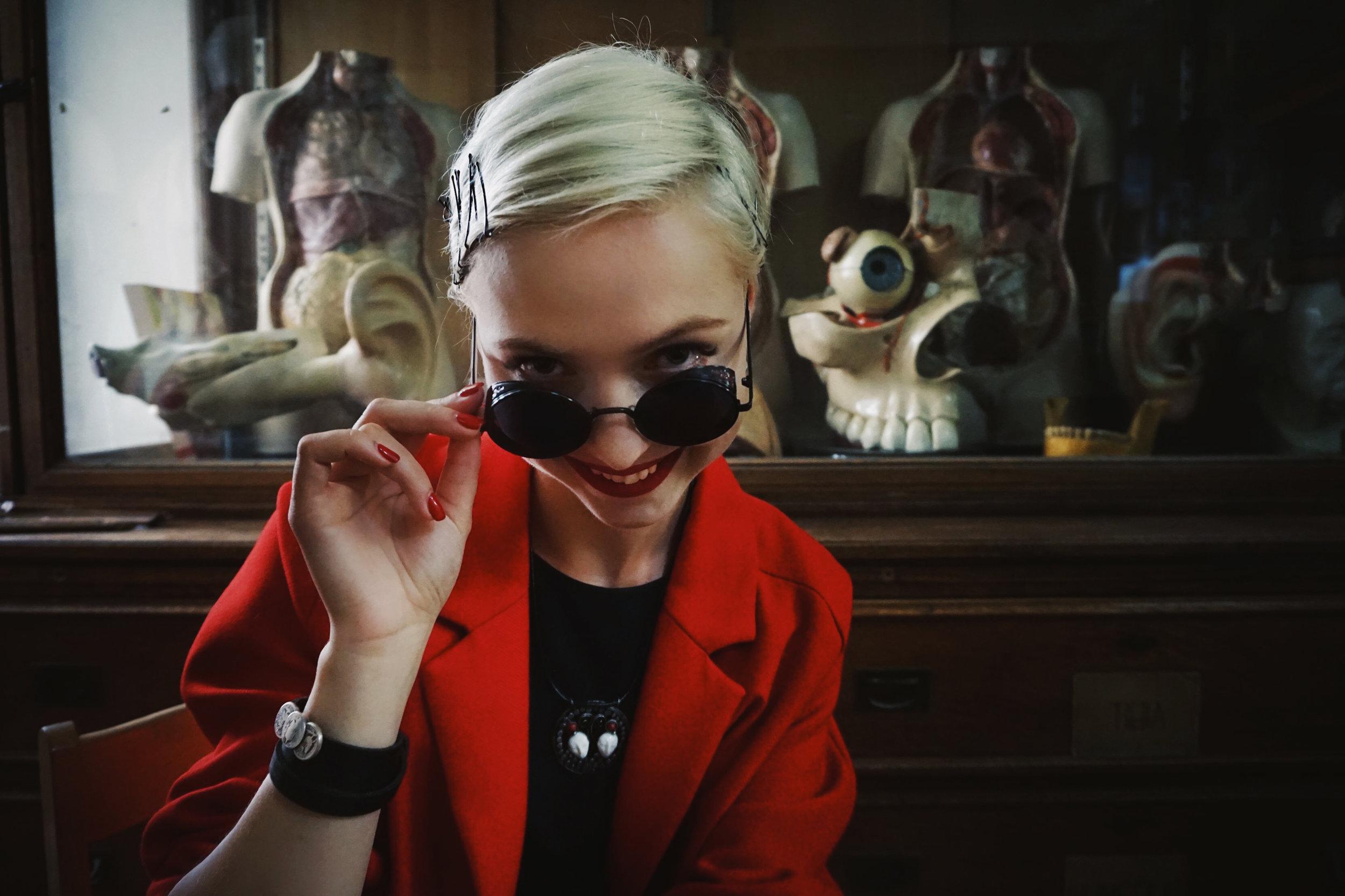 2018-Polina-Shubkina-Anastasia-Lagutina-Prague-Vampire-015.JPG