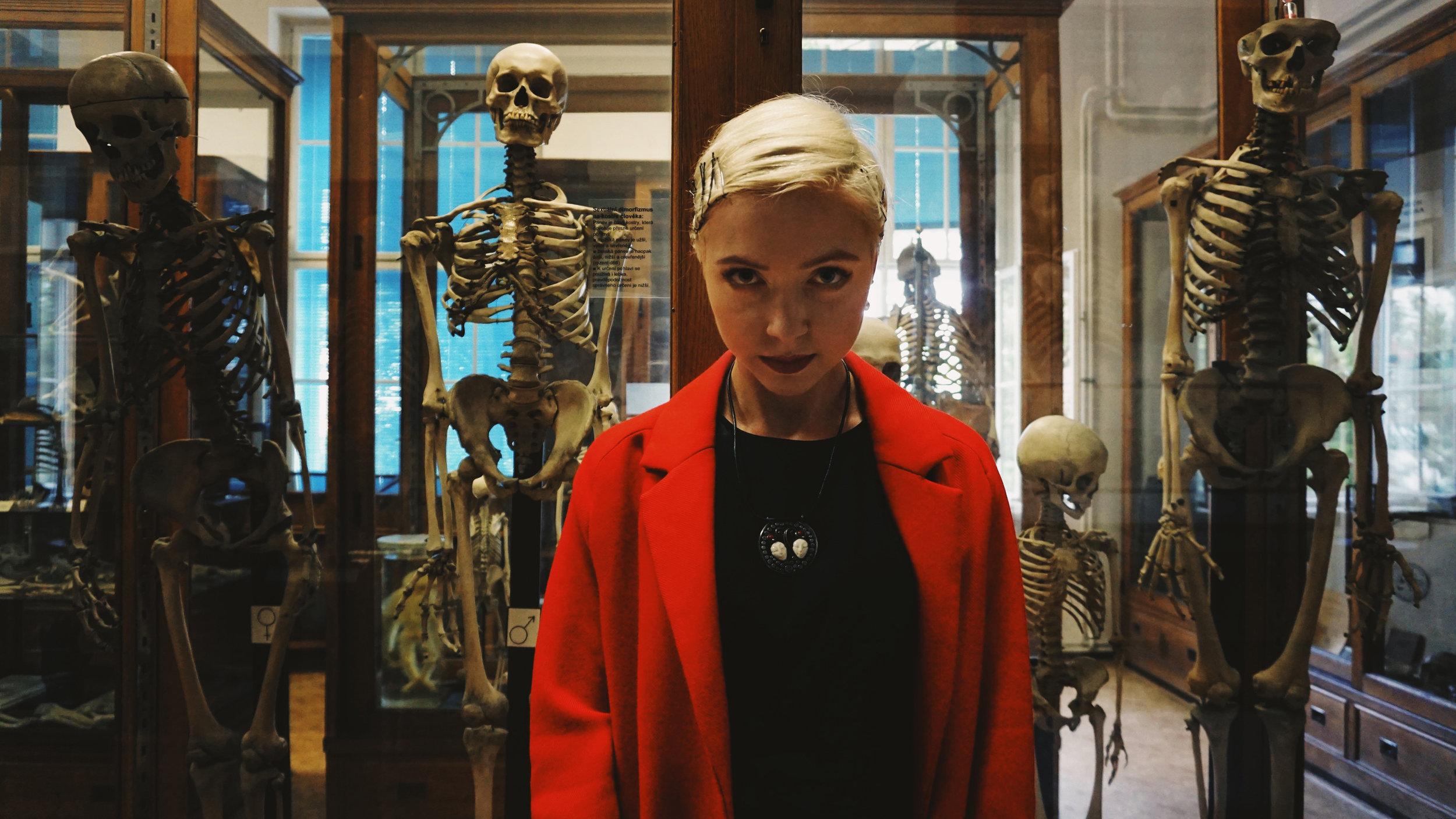 2018-Polina-Shubkina-Anastasia-Lagutina-Prague-Vampire-014.JPG