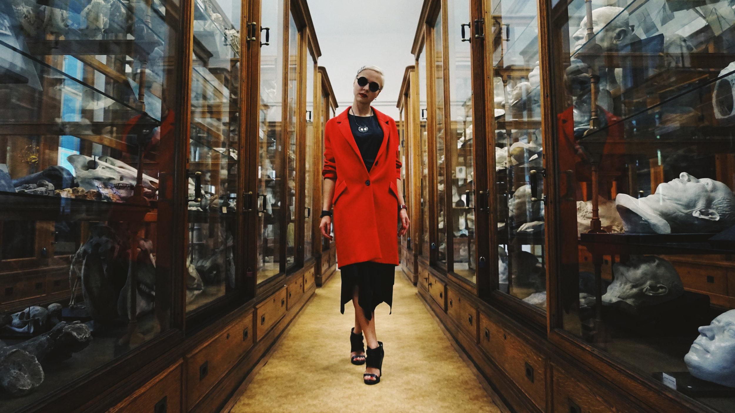 2018-Polina-Shubkina-Anastasia-Lagutina-Prague-Vampire-009.JPG