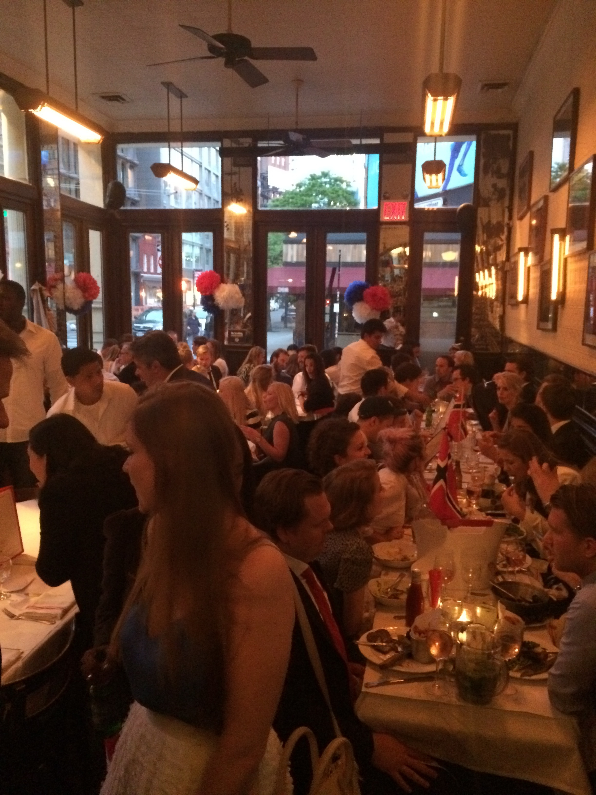 The evening ended at Felix in Soho where a lot of patriotic Norwegians probably had it going all night long.