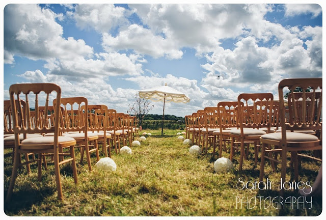 Outdoor%2Bweddings%2C%2Bwedding%2Bphotography%2C%2BTipi%2Bweddings_0038.jpg
