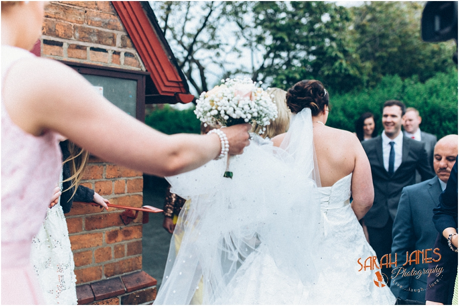 Wedding photography at the Lion Quays, Sarah Janes Photography_0017.jpg