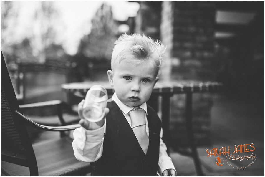 Wedding photography at the Lion Quays, Sarah Janes Photography_0031.jpg