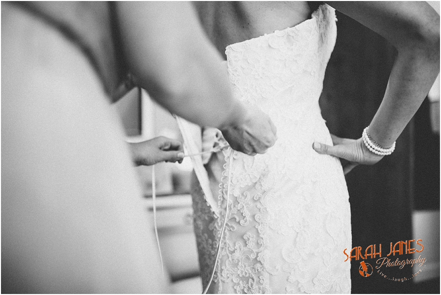 Wedding photography at the Great Tythe Barn, Tetbury, Sarah Janes Photography, Cotswolds wedding photography_0011.jpg