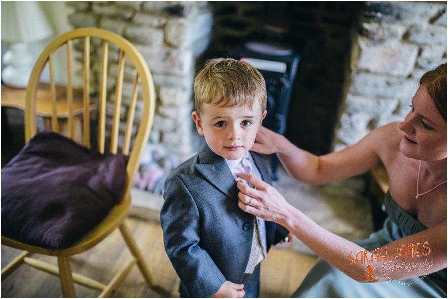Wedding photography at the Great Tythe Barn, Tetbury, Sarah Janes Photography, Cotswolds wedding photography_0014.jpg