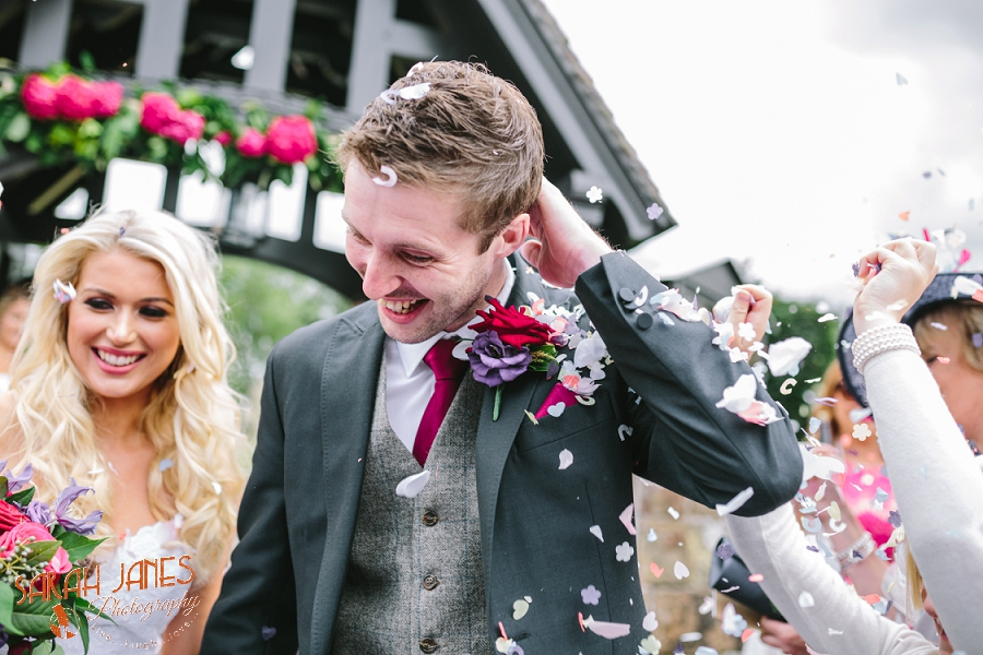 Wedding photography in Shropshire, Farm wedding, Sarah Janes photography, Documentray wedding photography Shropshire_0025.jpg