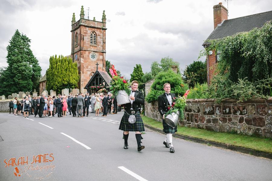 Wedding photography in Shropshire, Farm wedding, Sarah Janes photography, Documentray wedding photography Shropshire_0029.jpg