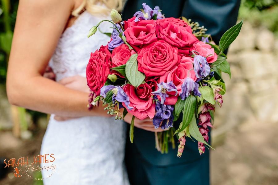 Wedding photography in Shropshire, Farm wedding, Sarah Janes photography, Documentray wedding photography Shropshire_0048.jpg