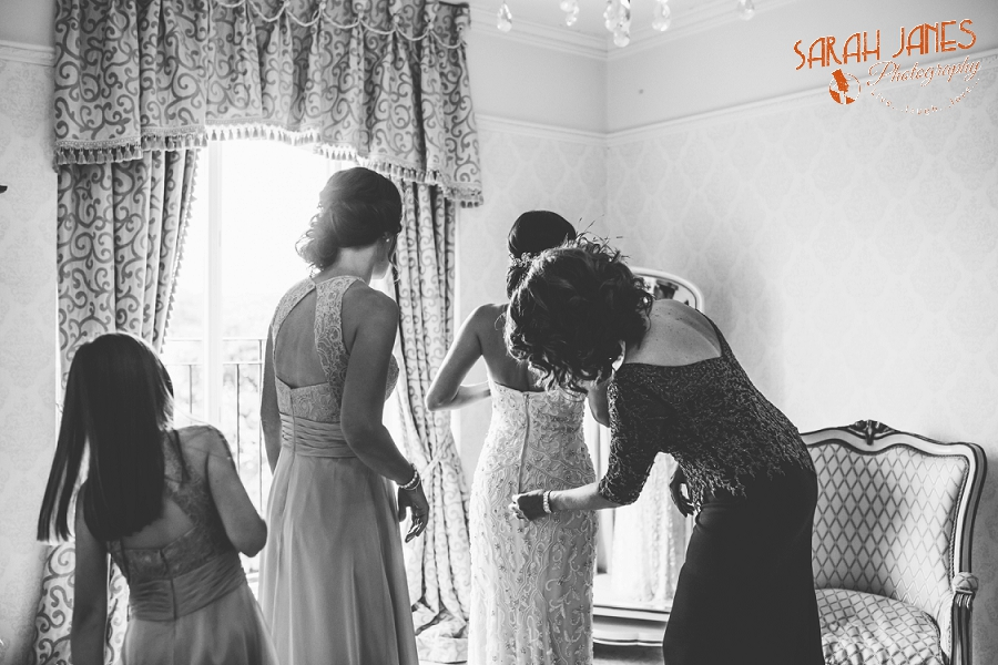 Wedding photography at Tower Hill Barn, Tower Hill Barn wedding, Sarah Janes photography, Documentray wedding photography North Wales_0006.jpg