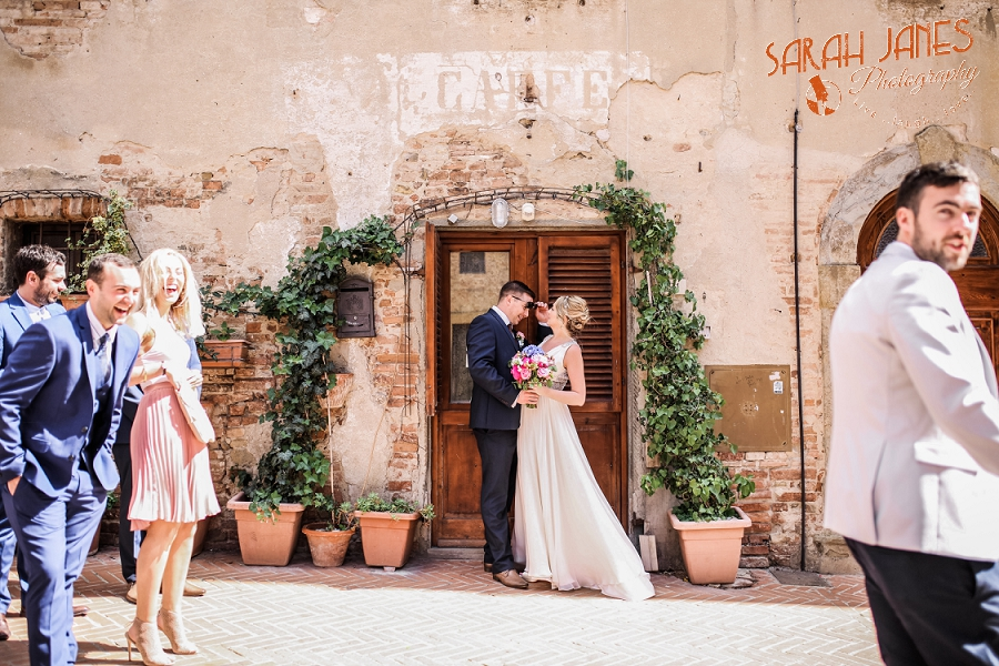 Sarah Janes Photography, Italy wedding photography, wedding photography at Le Fonti delle Meraviglie, UK Destination wedding photography_0052.jpg