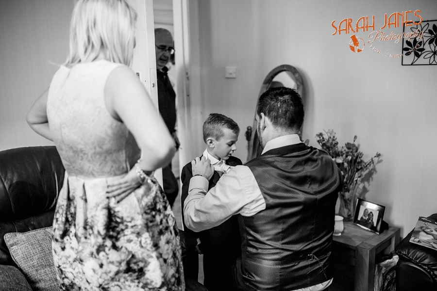 Sarah Janes Photography, Wirral wedding photography, wedding photography in Wirral, Wedding photography at Croxton Wood_0009.jpg