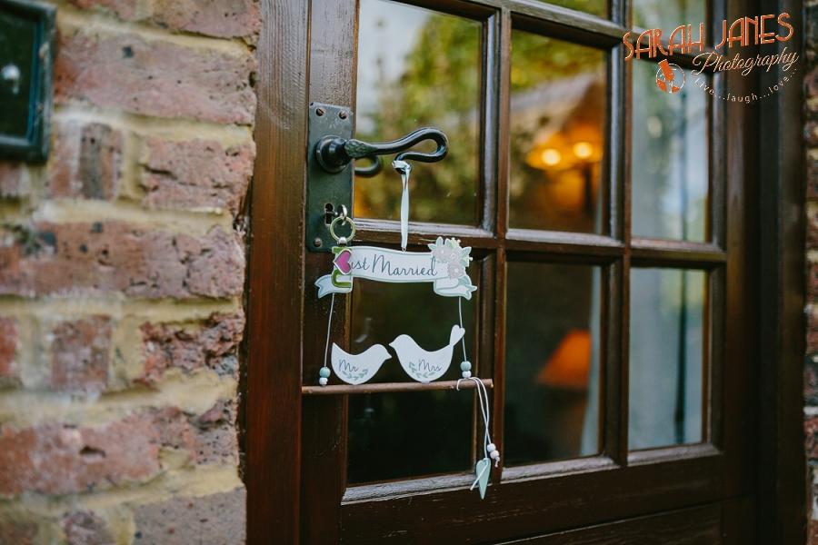 Sarah Janes Photography, Surrey wedding photography, wedding photography in Surrey, Wedding photography at Oaks Farm Weddings_0006.jpg