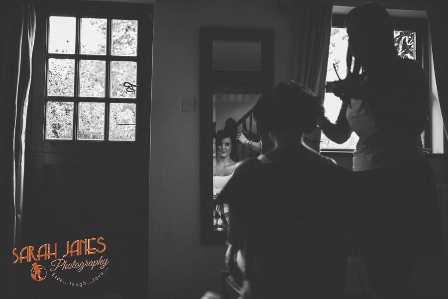 Sarah Janes Photography, Surrey wedding photography, wedding photography in Surrey, Wedding photography at Oaks Farm Weddings_0009.jpg