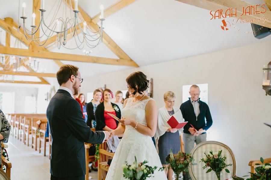 Sarah Janes Photography, Surrey wedding photography, wedding photography in Surrey, Wedding photography at Oaks Farm Weddings_0020.jpg