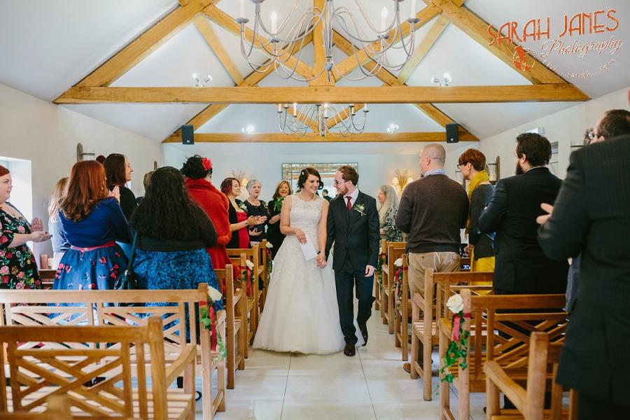 Sarah Janes Photography, Surrey wedding photography, wedding photography in Surrey, Wedding photography at Oaks Farm Weddings_0022.jpg