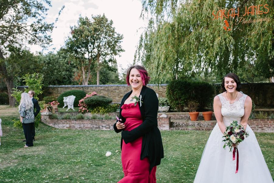 Sarah Janes Photography, Surrey wedding photography, wedding photography in Surrey, Wedding photography at Oaks Farm Weddings_0032.jpg