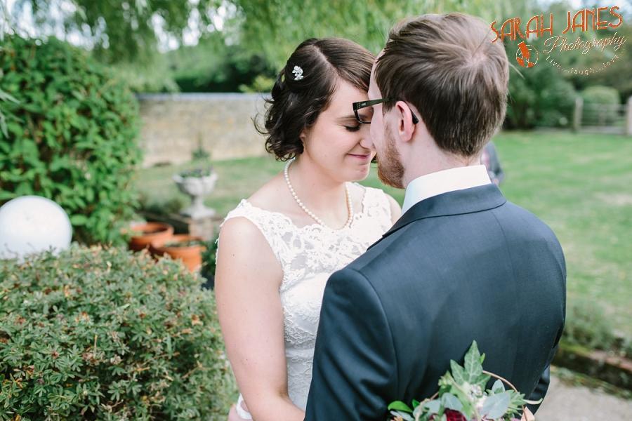 Sarah Janes Photography, Surrey wedding photography, wedding photography in Surrey, Wedding photography at Oaks Farm Weddings_0043.jpg