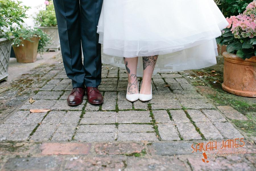 Sarah Janes Photography, Surrey wedding photography, wedding photography in Surrey, Wedding photography at Oaks Farm Weddings_0045.jpg