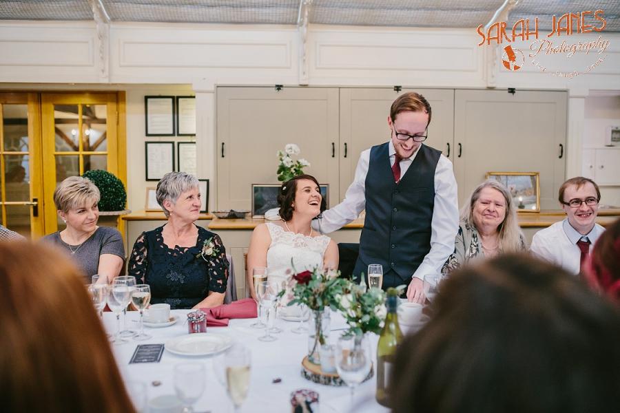 Sarah Janes Photography, Surrey wedding photography, wedding photography in Surrey, Wedding photography at Oaks Farm Weddings_0047.jpg