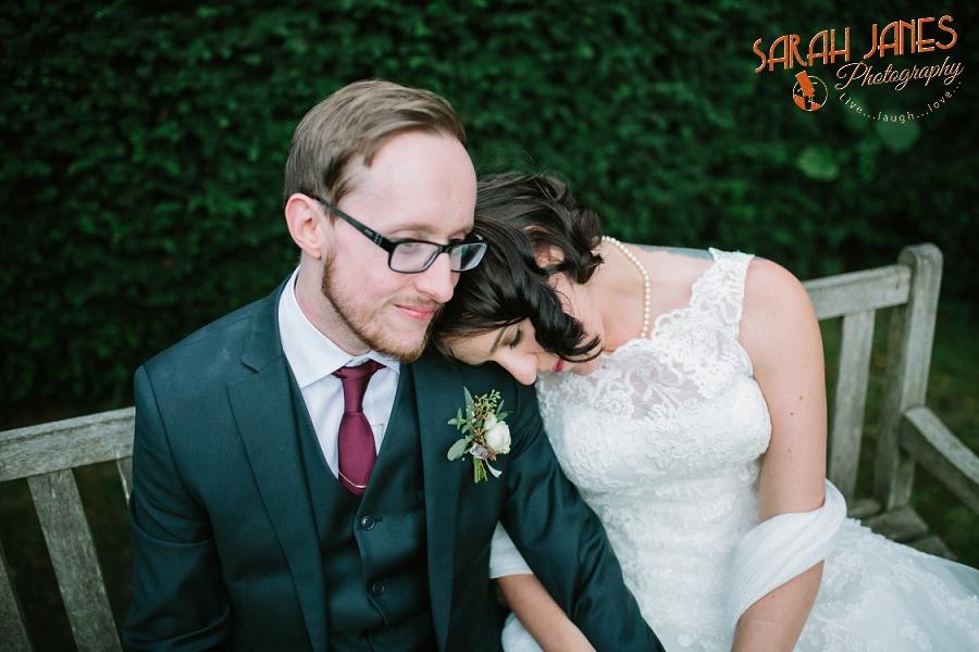 Sarah Janes Photography, Surrey wedding photography, wedding photography in Surrey, Wedding photography at Oaks Farm Weddings_0057.jpg