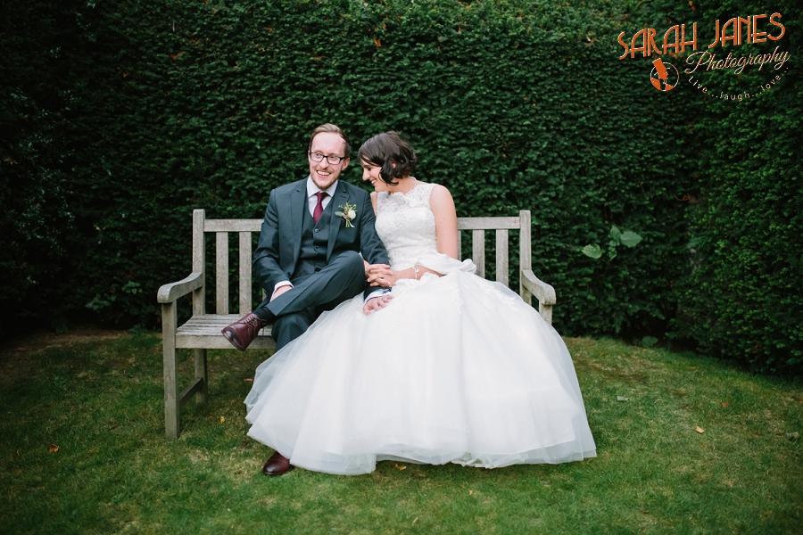 Sarah Janes Photography, Surrey wedding photography, wedding photography in Surrey, Wedding photography at Oaks Farm Weddings_0059.jpg