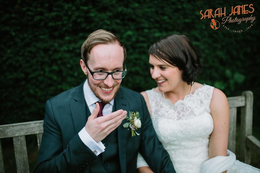 Sarah Janes Photography, Surrey wedding photography, wedding photography in Surrey, Wedding photography at Oaks Farm Weddings_0058.jpg