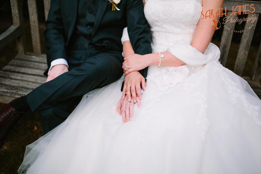 Sarah Janes Photography, Surrey wedding photography, wedding photography in Surrey, Wedding photography at Oaks Farm Weddings_0060.jpg