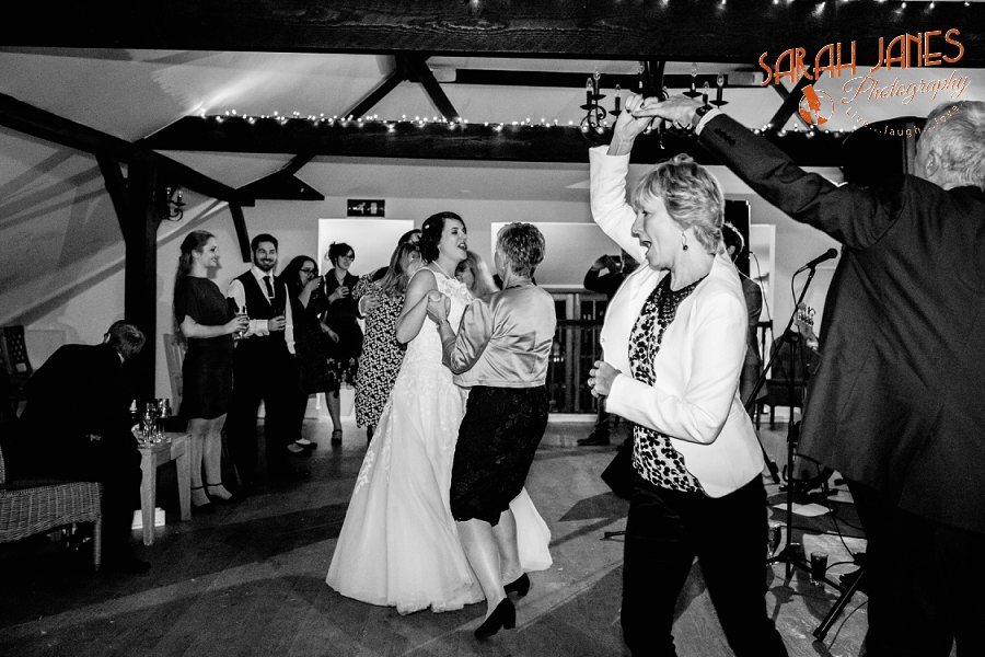Sarah Janes Photography, Surrey wedding photography, wedding photography in Surrey, Wedding photography at Oaks Farm Weddings_0074.jpg