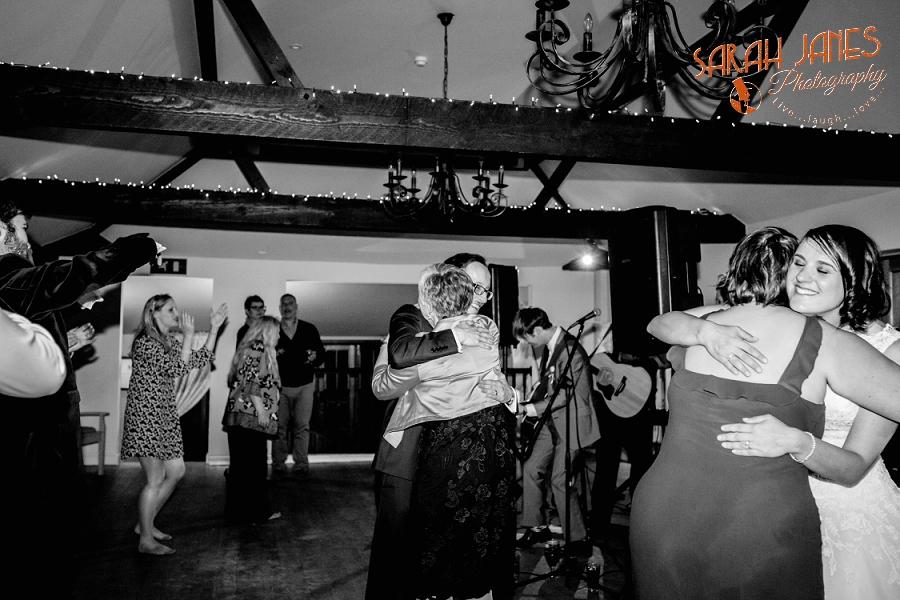 Sarah Janes Photography, Surrey wedding photography, wedding photography in Surrey, Wedding photography at Oaks Farm Weddings_0079.jpg