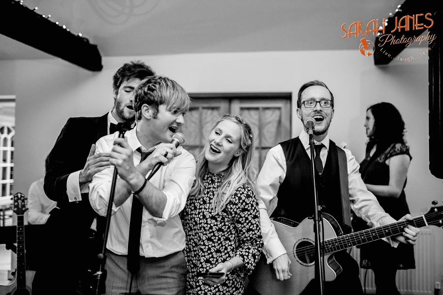 Sarah Janes Photography, Surrey wedding photography, wedding photography in Surrey, Wedding photography at Oaks Farm Weddings_0081.jpg