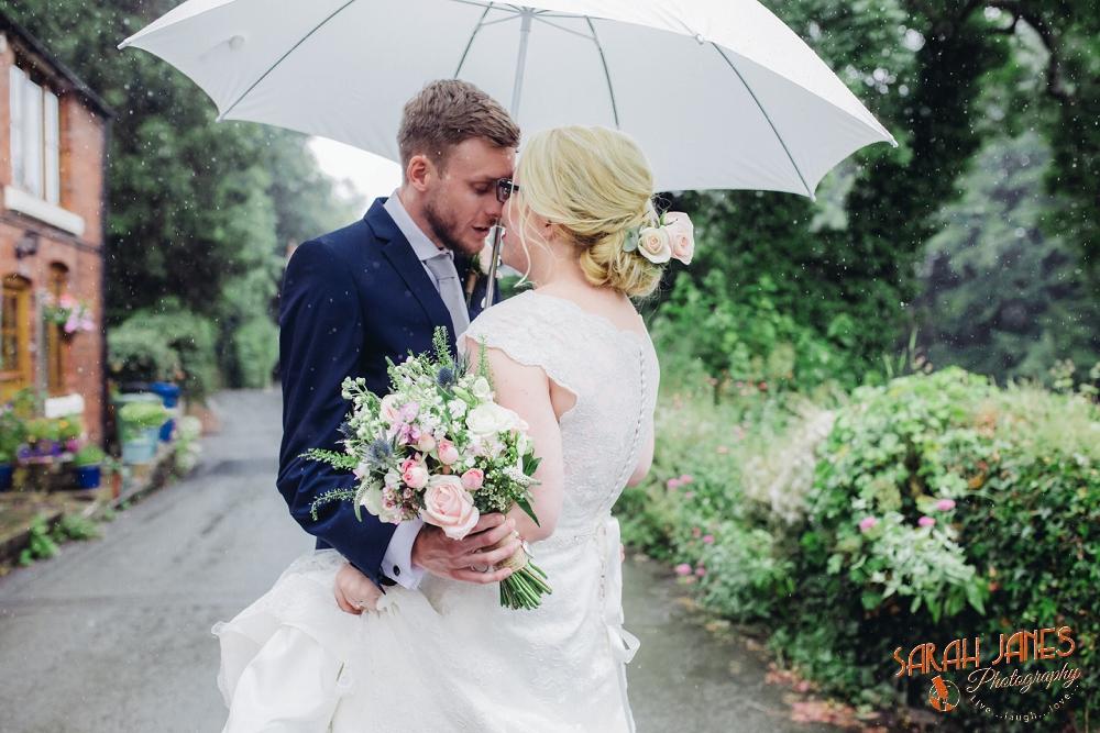 wedding photography at Tower Hill Barns, Sarah Janes Photography, Documentray wedding photography at Tower Hill Barns_0020.jpg