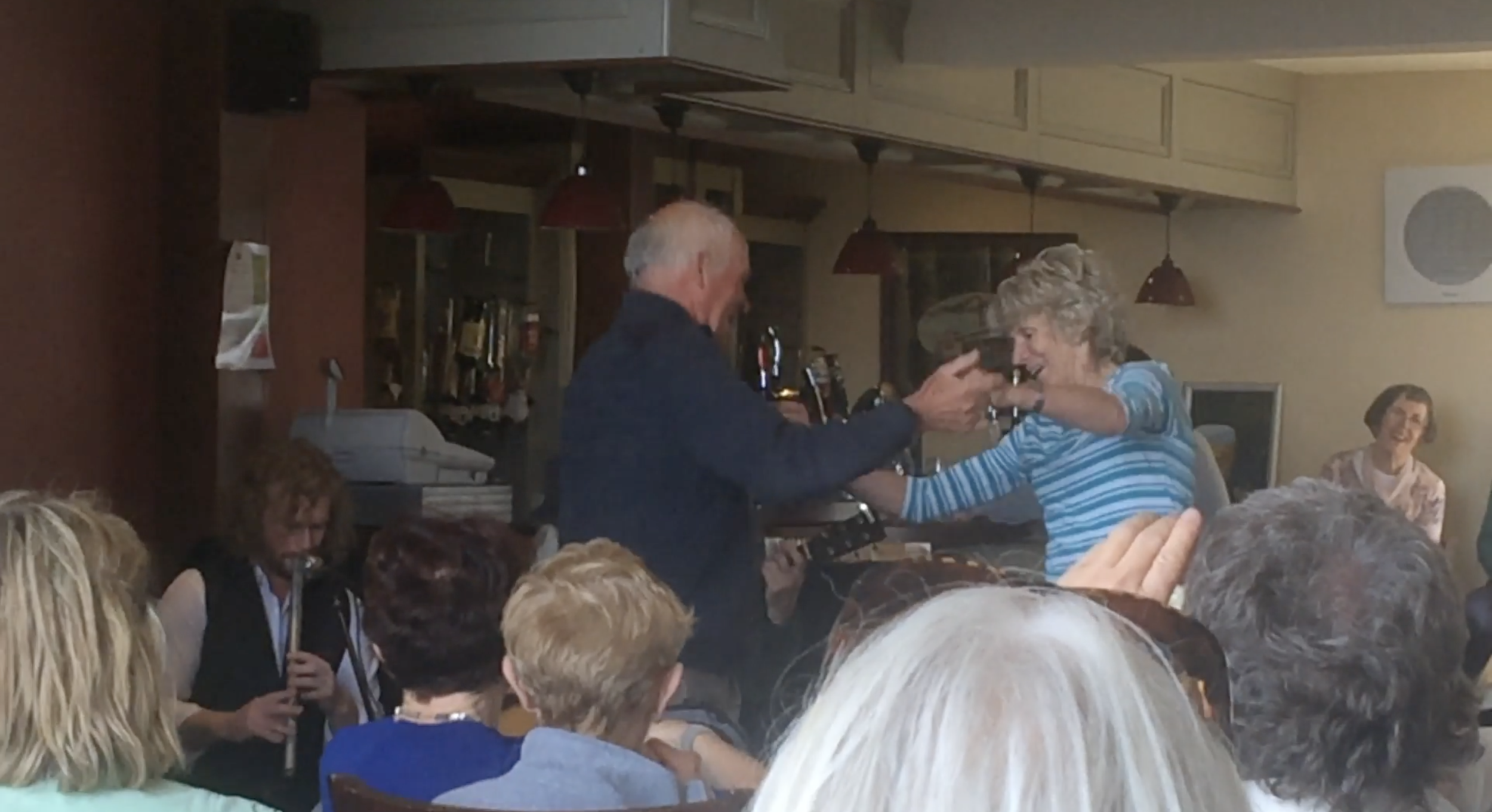 This power Irish couple literally danced for ages. They had an absolute blast dancing together like crazy, it was beautiful to see. Real love.