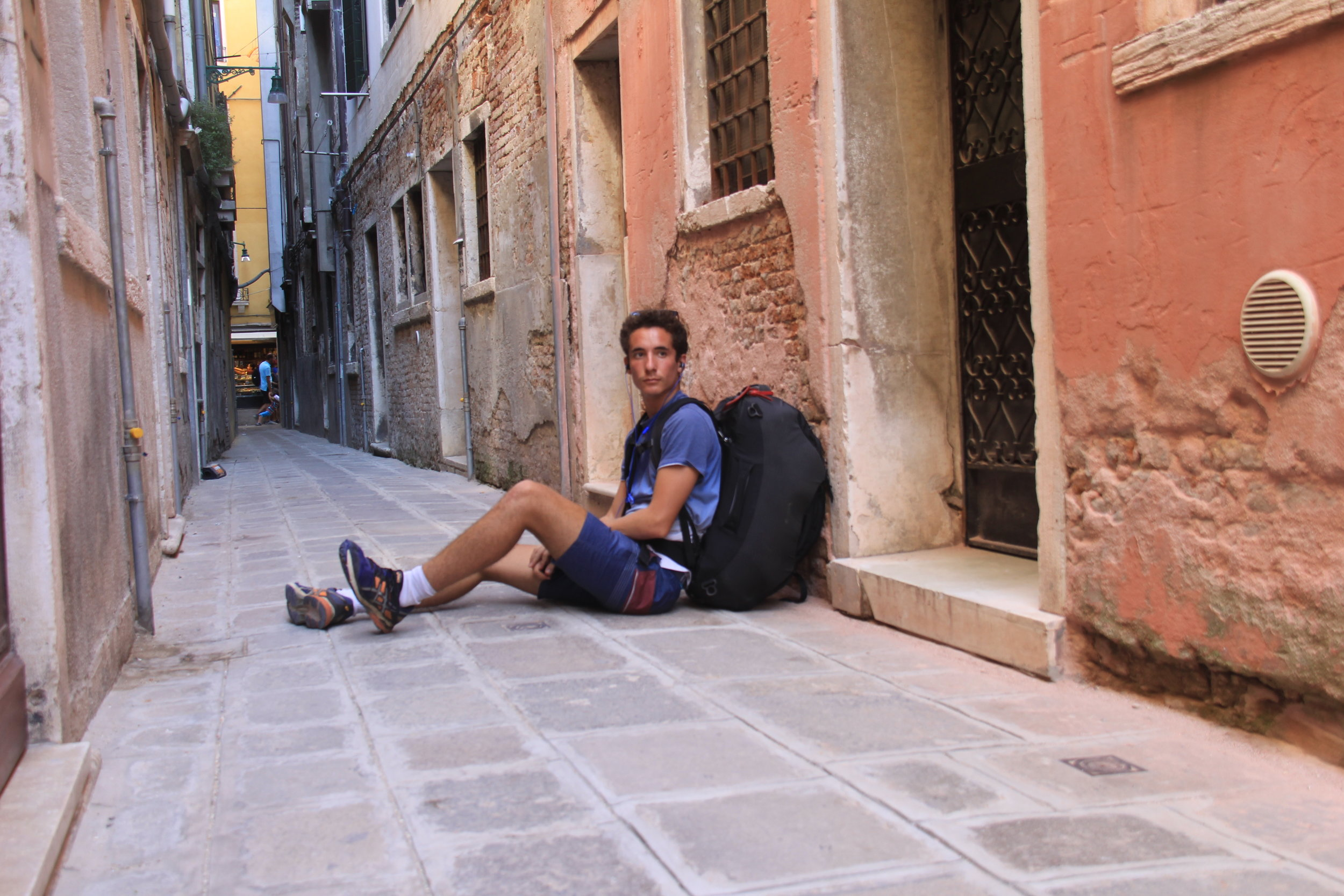 Going into those little hidden streets and hiding from all the tourists. San Marco is pretty but hiding yourself in the alleys and watching the boats gently float by and softly play the ukulele. That wins for me.