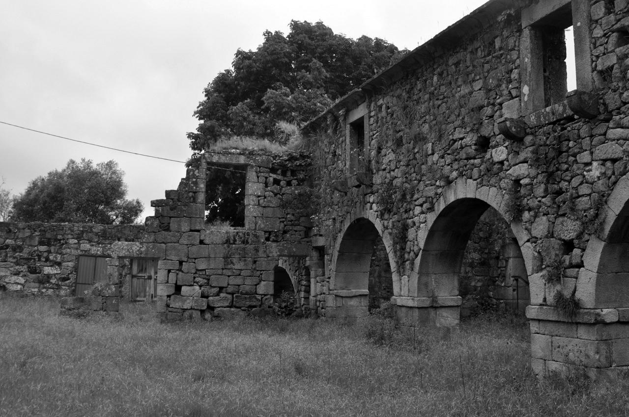 Longos_Vales_Monastery_PROD_Architecture_Cloister_View1.jpg