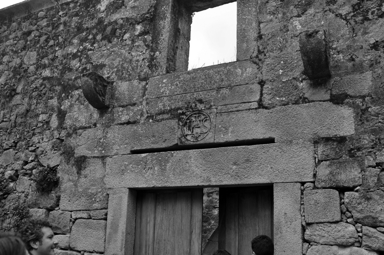 Longos_Vales_Monastery_PROD_Architecture_Detail_view1.jpg
