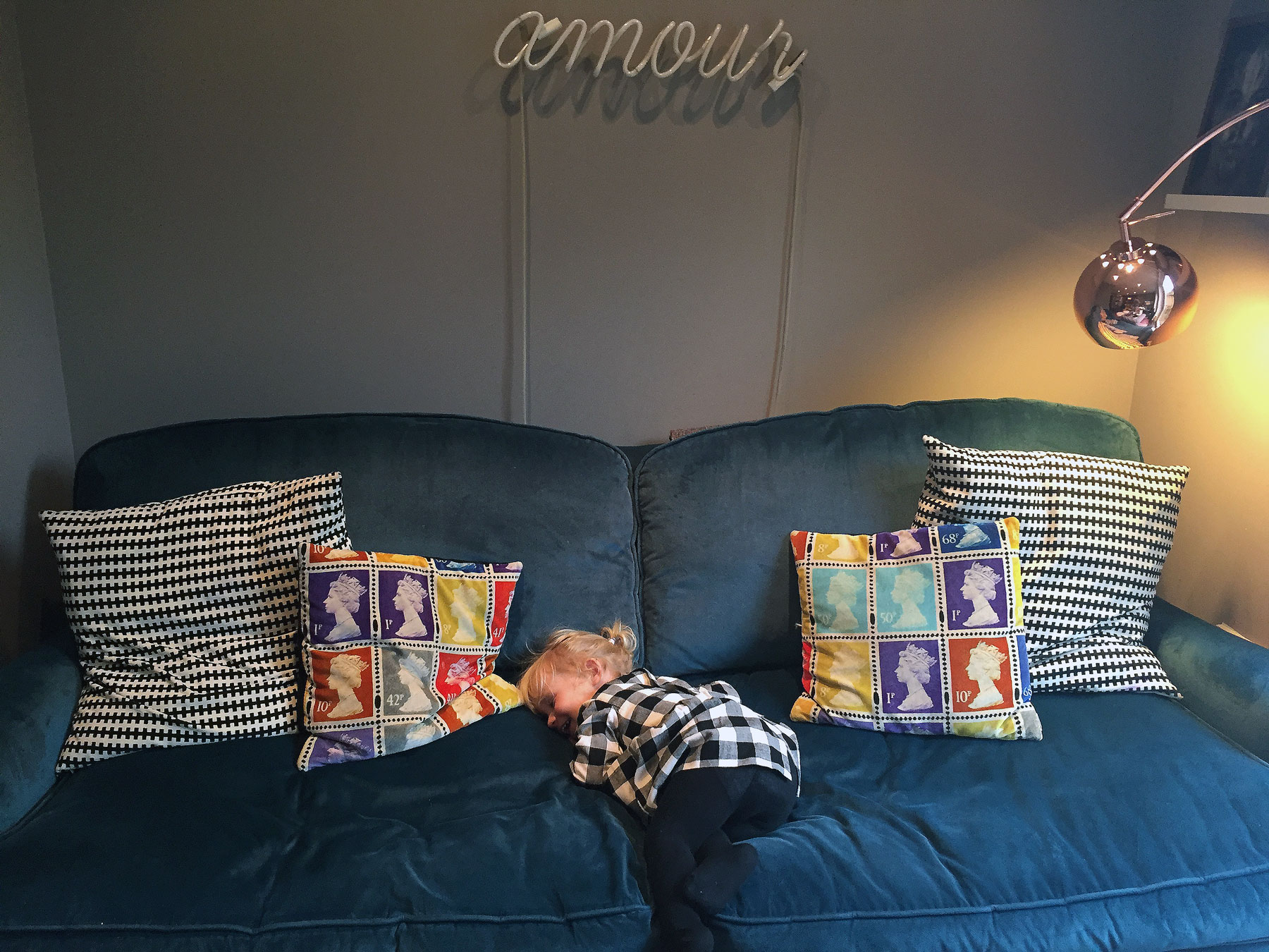STELLA 'BEHAVING' DURING THE STYLE AT HOME PHOTOSHOOT