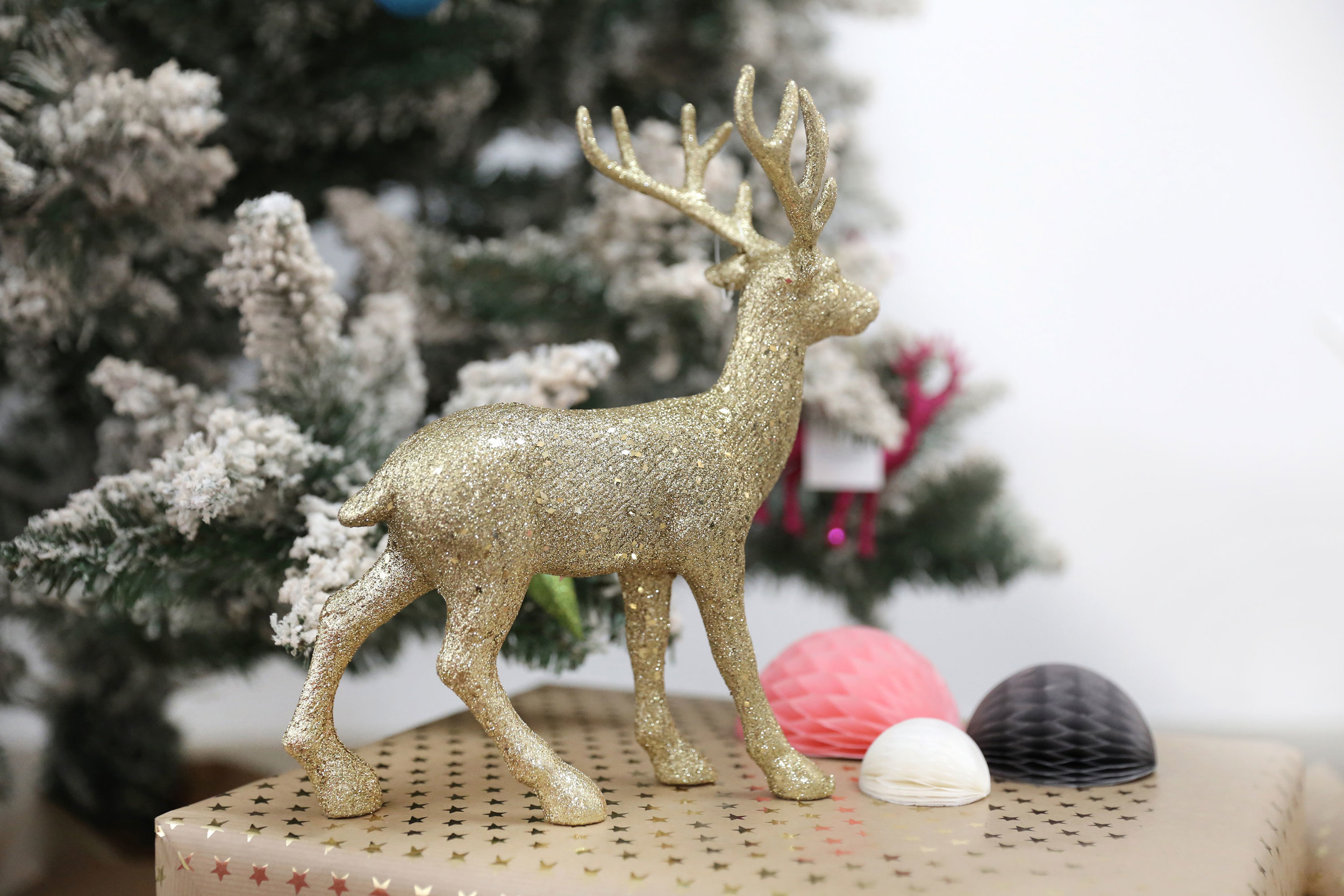 ChristmasStyling8_SATS.jpg