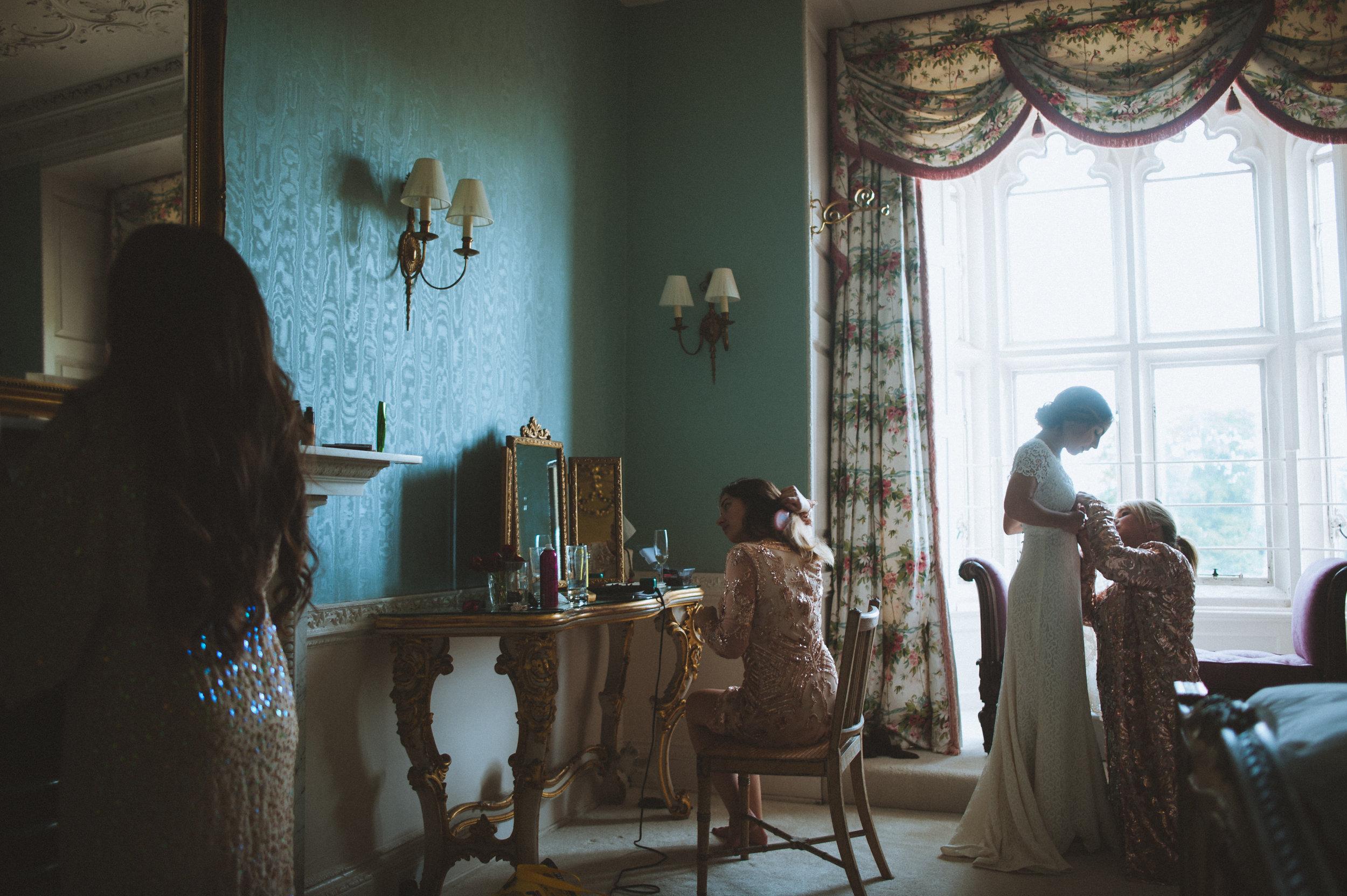 powderham castle wedding 17.jpg