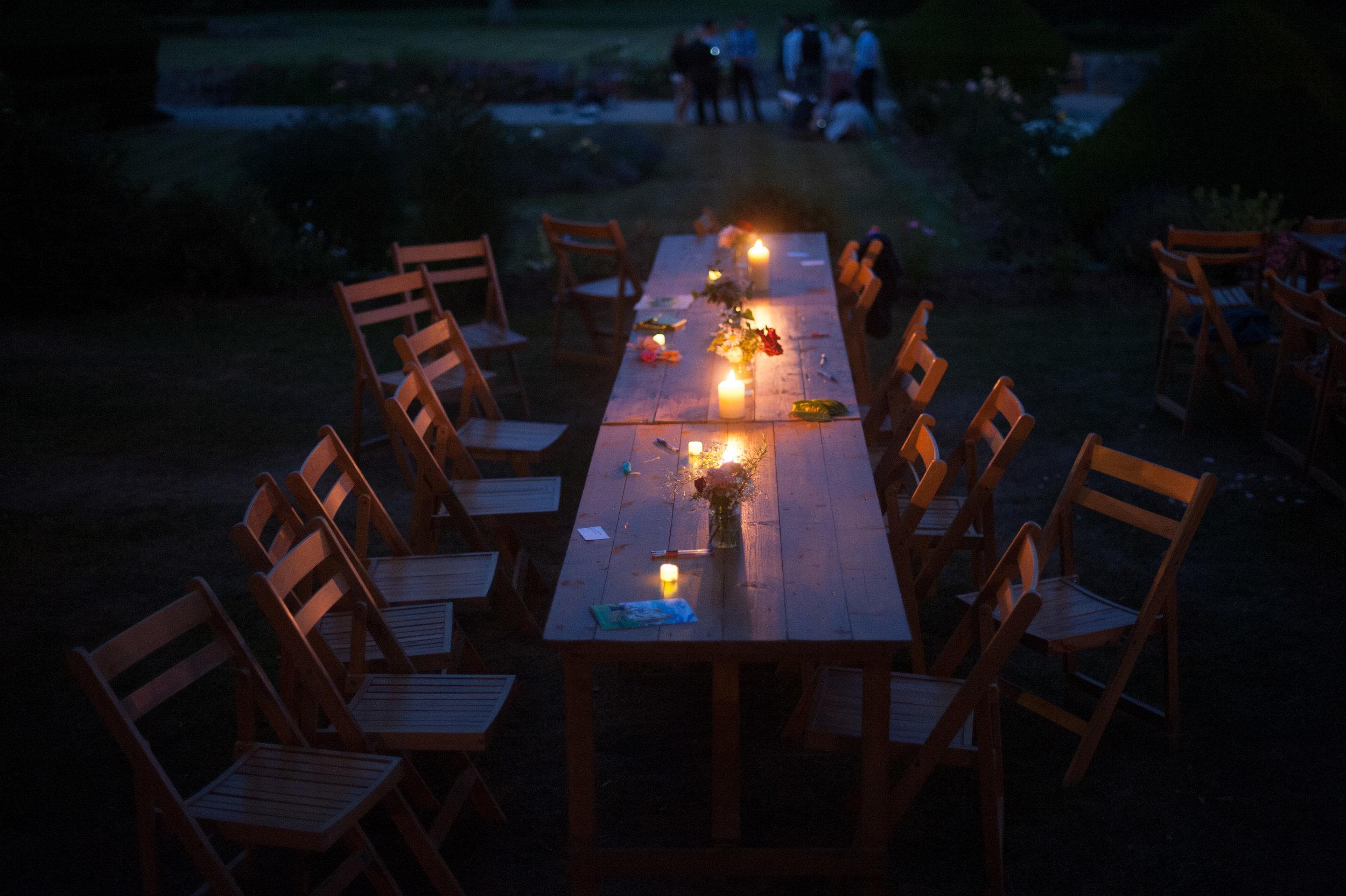 powderham castle wedding 36.jpg